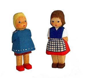Mädchen, stehend 6,5 cm Typ 1)